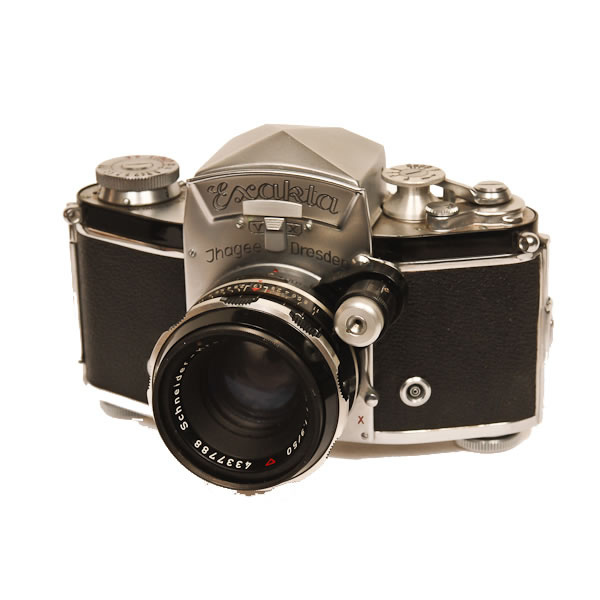 Ihagee Exakta V X   Made in 1951. The Exakta line was the first small focal plane SLR camera.