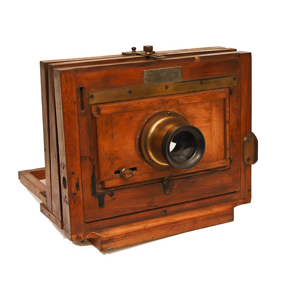 Scovill Mfg Waterbury View 6x8   c 1886-1894. The medium size of the 3 sizes made of the Waterbury View Camera. R D Gray No. 6 Periscope Lens.