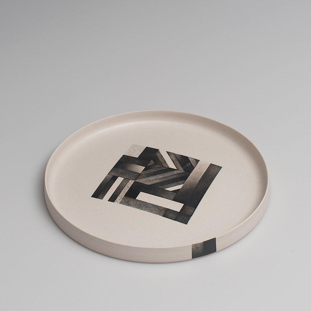 2015_Palisade_Black_Plate_Angled_01.jpg
