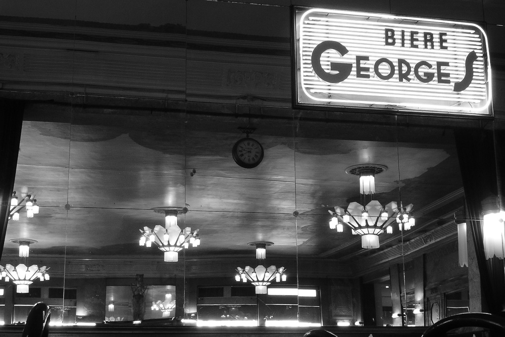 Brasserie Lyon 01/2005   © photo by AJ Weissbard