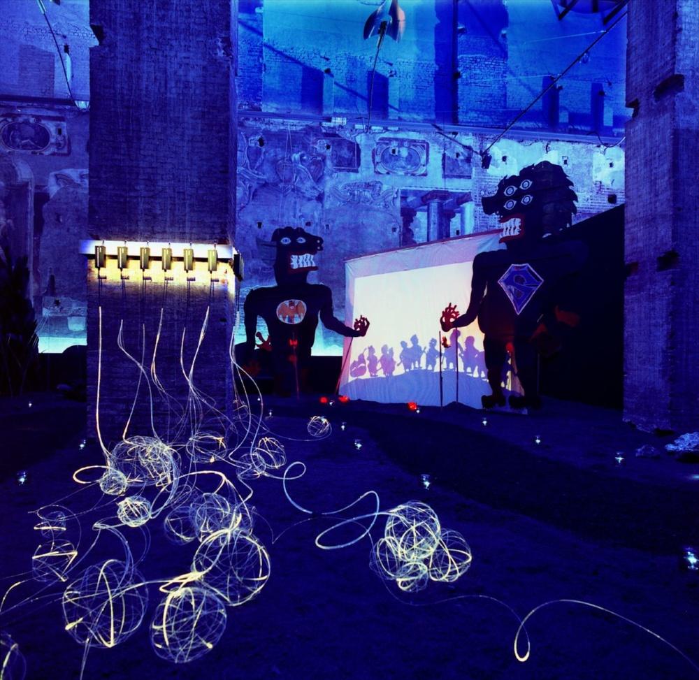 Immaginando Prometeo Palazzo della Ragione, Milan, 2003 (photo courtesy of Change Performing Arts)