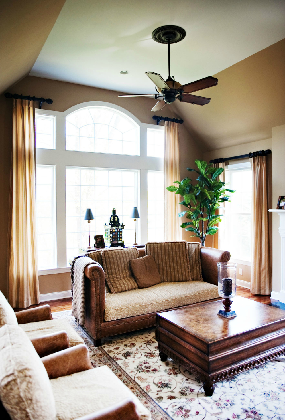sarah hermans interior design family room.jpg