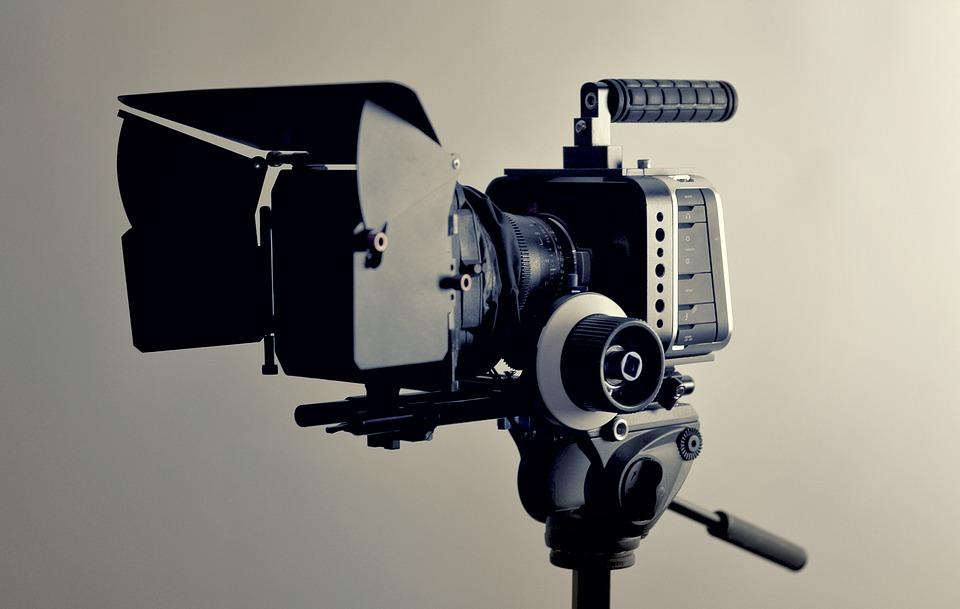 camera-2341279_960_720.jpg