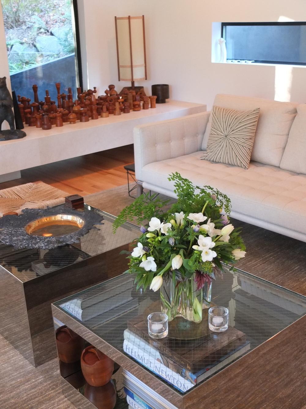 Aalto vase in Hoke living room