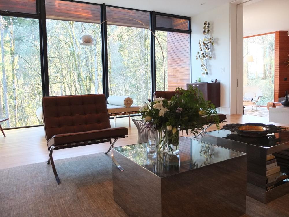 Hoke house dinner kailla platt flowers for Living room 6 portland