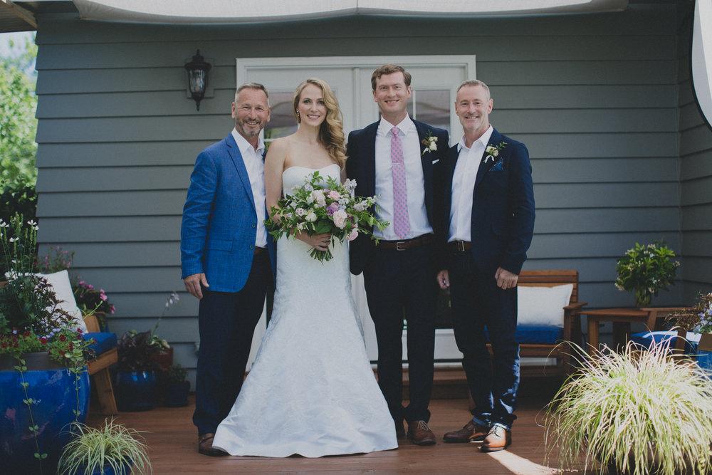 intimate_garden-wedding_portland_family.jpg