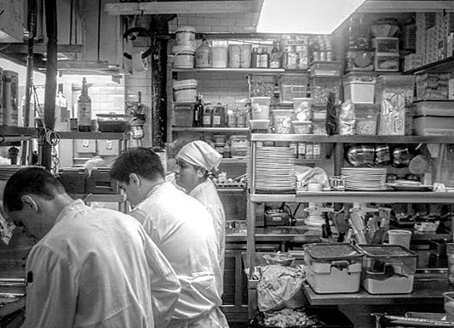 Line chefs at @babboristorante C2008 taken during my lucky stage there several years back, read my blog here ➡️ http://therarebreedchef.com/blog/2015/12/15/a-recipe-from-new-york #stagiaire #newyork #newyorkcity #babbo #italian #service #cheflife #truecooks