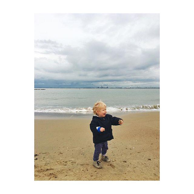 De zee! 🐚💙#picturedbyus #florescharlie #breskens