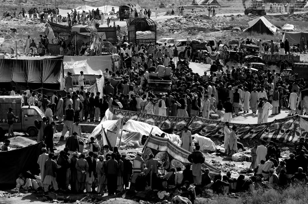 Thousands of people displaced by the earthquake wait for food and medical help in Bagh, Kashmir, Pakistan, October 13, 2005. (Photo / Mark Pearson) The massive October earthquake in Kashmir affected one of the highest and most remote places on earth. Difficult terrain slowed the relief effort and the largest scale humanitarian air operations since the Berlin blockade began.
