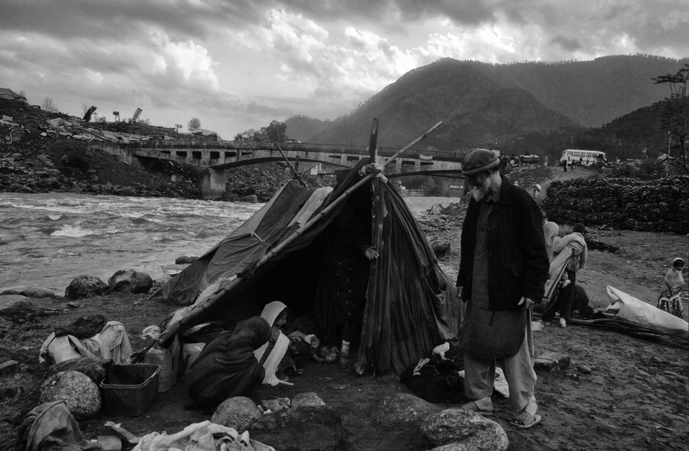 Earthquake survivors in makeshift shelter in Balakot, NWFP, Pakistan, October18, 2005. (Photo / Mark Pearson) The massive October earthquake in Kashmir affected one of the highest and most remote places on earth. Difficult terrain slowed the relief effort and the largest scale humanitarian air operations since the Berlin blockade began.
