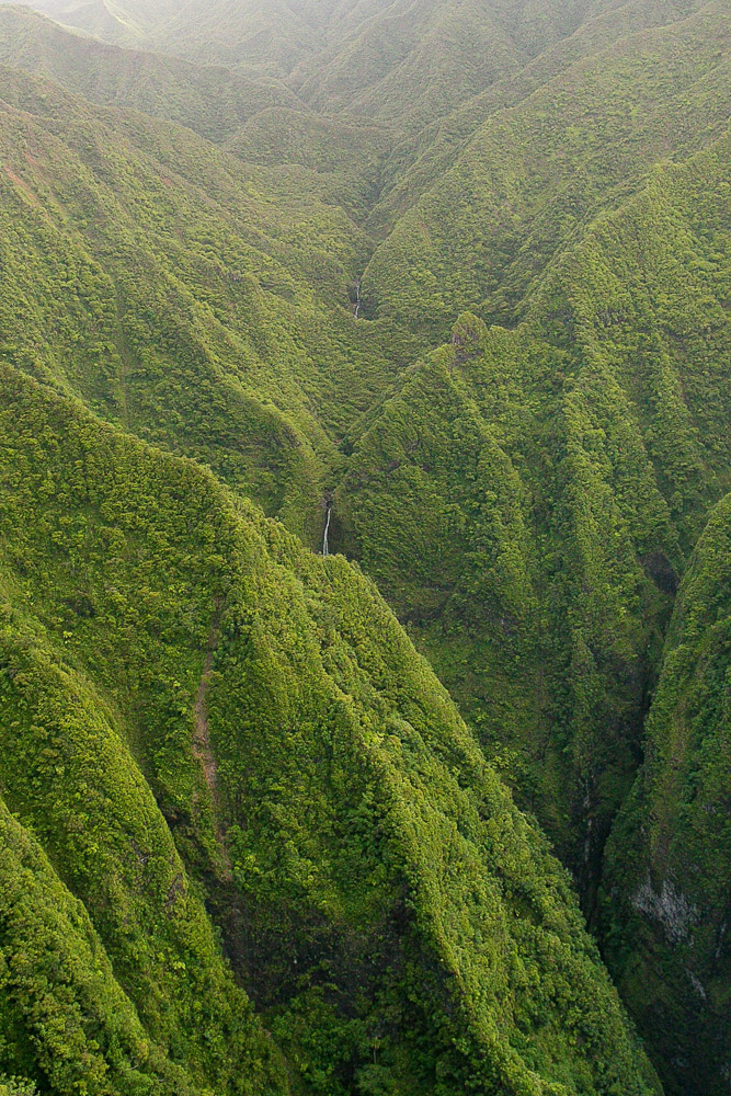 Sights from a doors off helicopter tour in Oahu, Hawaii