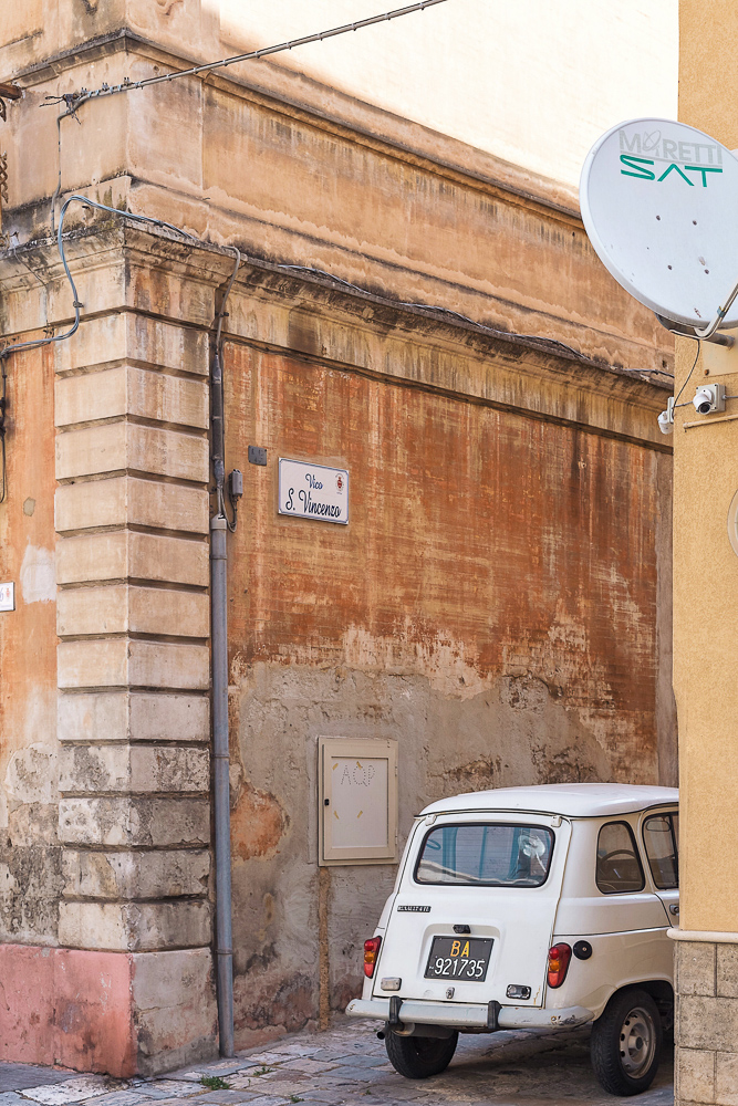 The cutest alleyway in Monopoli in Italy's Puglia