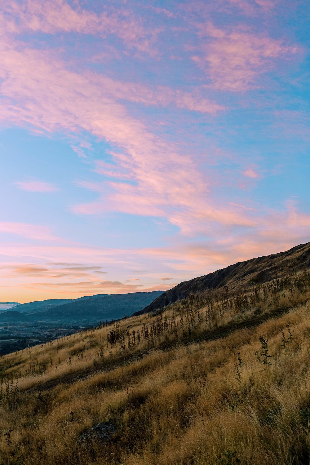 Cotton candy skies in Wanaka