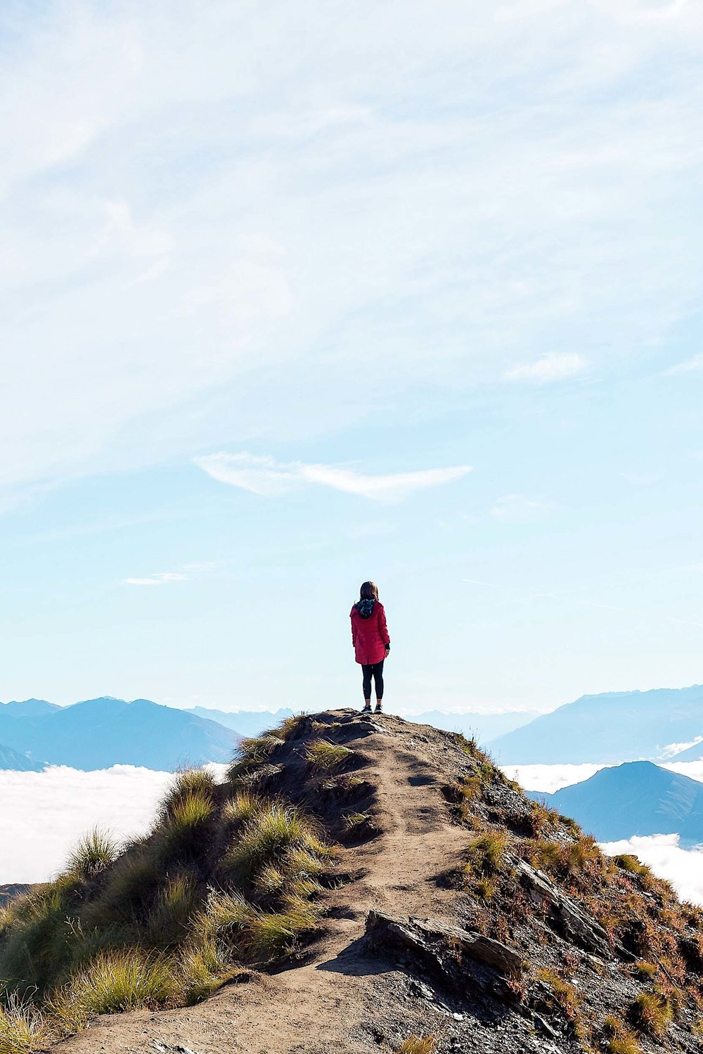 Roys Peak hike is worth the long journey for this amazing view