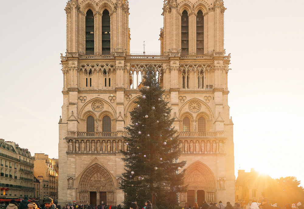 Christmas time at Notre Dame in Paris