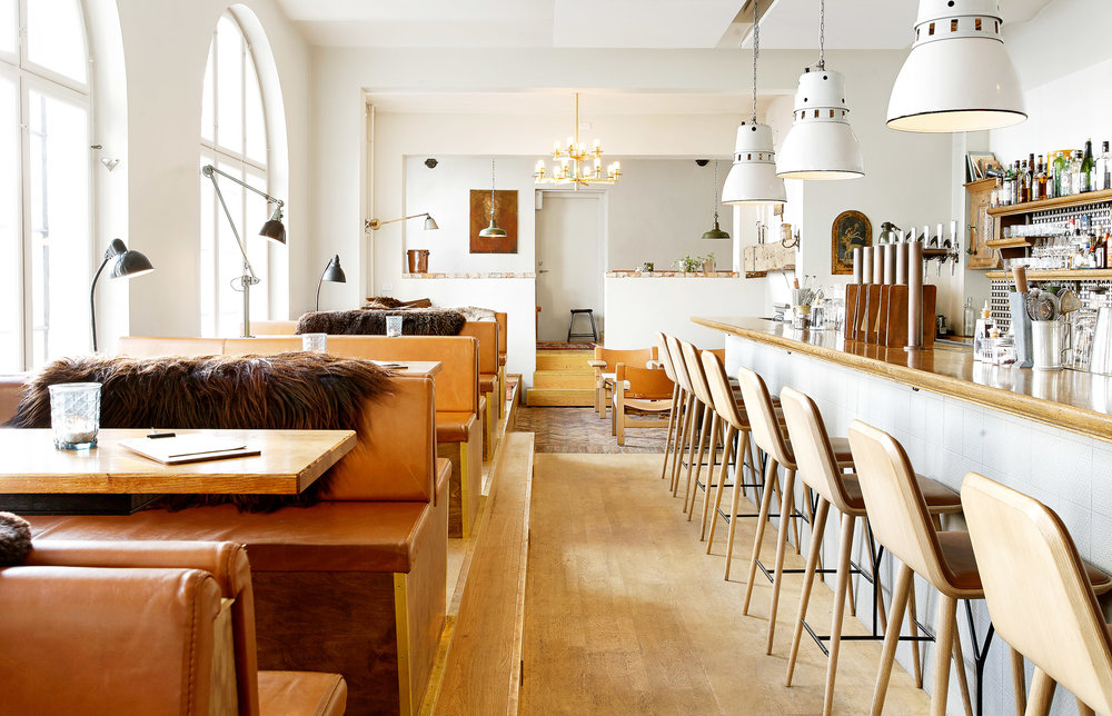 Lidkoeb in Vesterbro, Copenhagen is the perfect cozy spot to grab cocktails any time of year