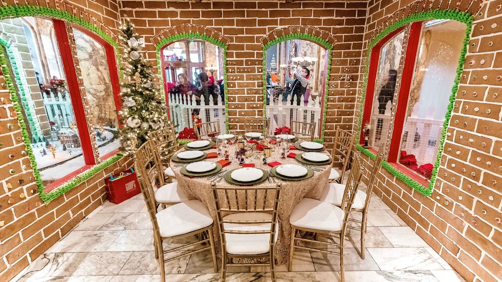 The life sized gingerbread house at The Fairmont San Francisco now includes a private dining space for up to 12 guests!