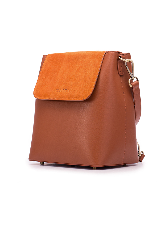 A stylish and protective camera backpack, the Christie from GATTA