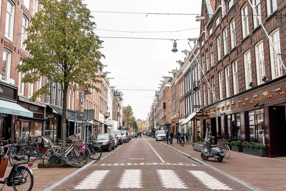 10 days Amsterdam? Don't miss this beautiful shopping street
