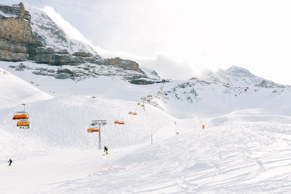 Winter adventure in the Jungfrau Region of Switzerland - skiing, sledging, hiking, and more!