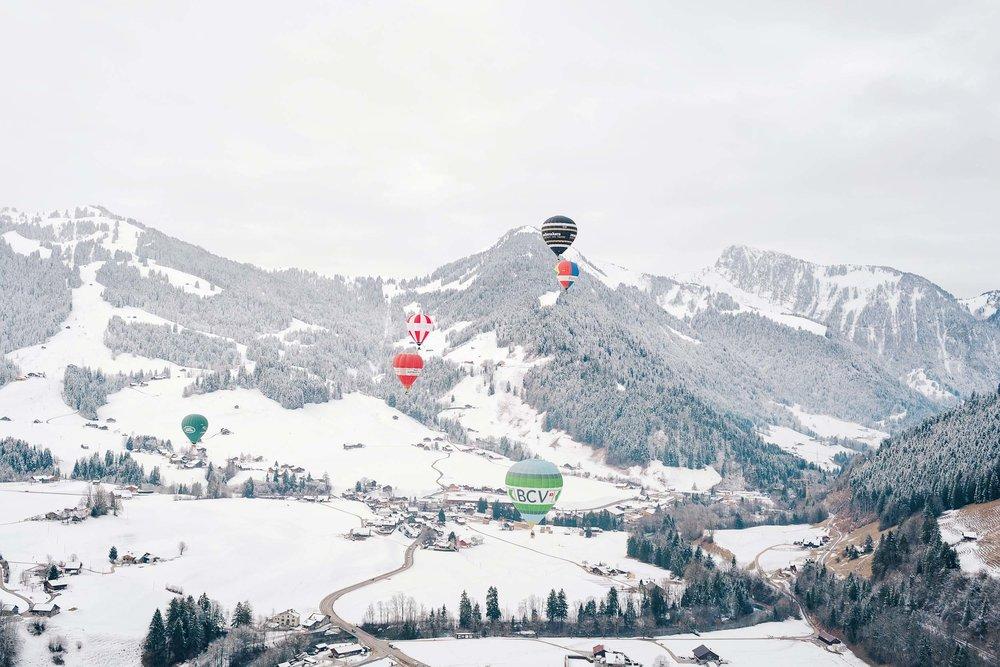 Winter in Switzerland - hot air balloons