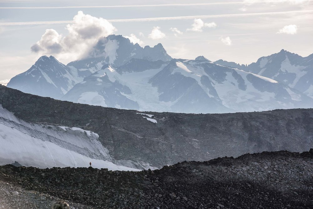 View of Coast Mountains from plateau above Wilderness Lake. Credit: Destination BC/Kari Medig