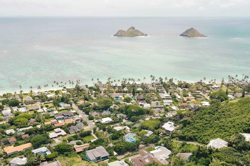 Lanikai Beach and the mokes from the top of the Lanikai Pillbox hike