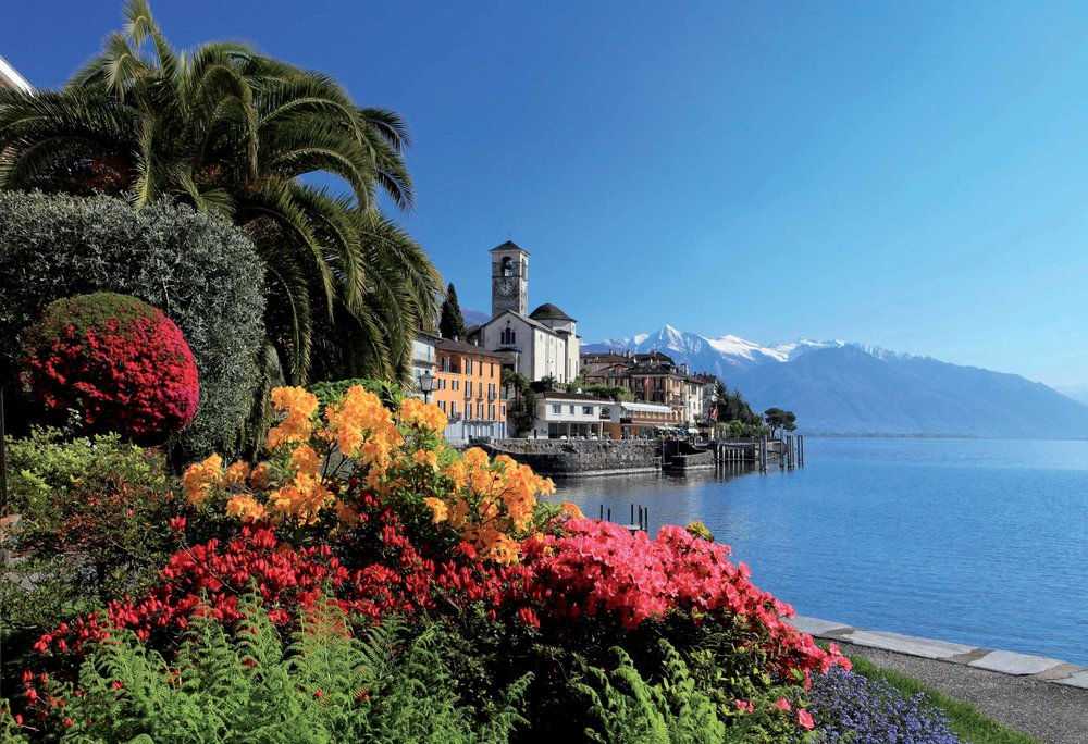 Lake promenade in Brissago. Copyright by Ticino Turismo