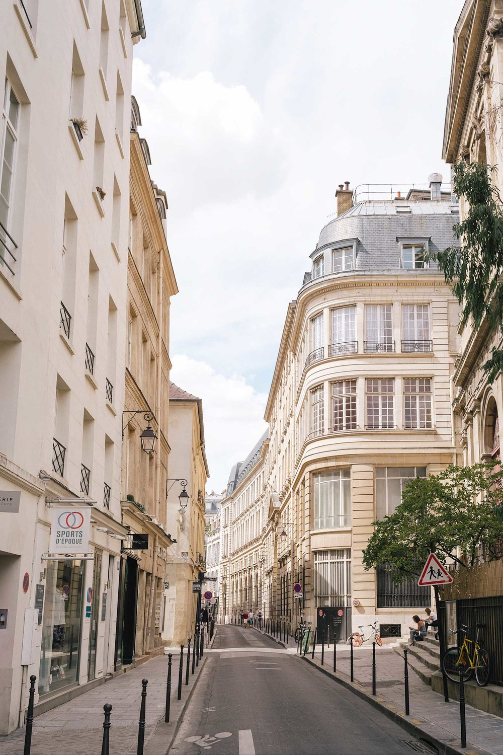 Which neighborhood in Paris is the best to stay in? Le Marais, in the 3rd and 4th arrondissements