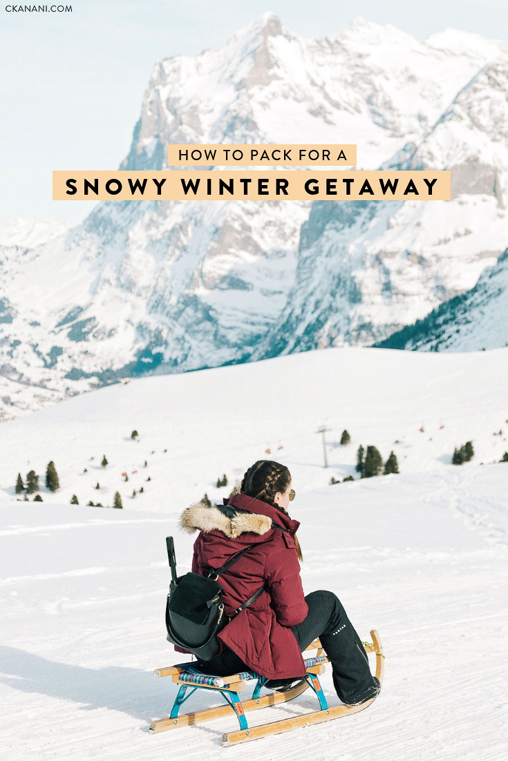 Heading out on a snowy holiday this winter? Here is everything you need to pack to stay warm and also fashionable on your snow-filled getaway! #packing #winter #snow