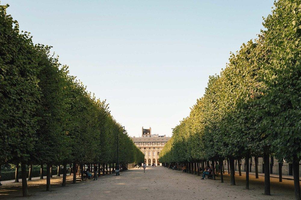 2 day Paris itinerary: don't miss Jardin du Palais Royale