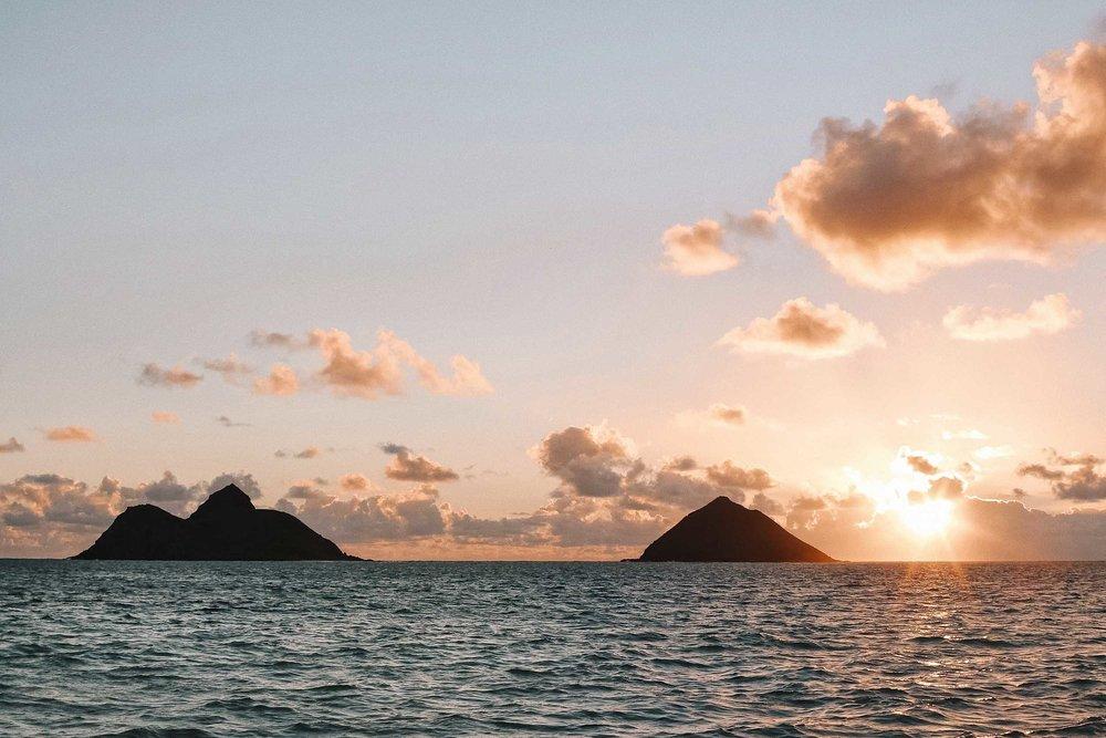 Sunrise at Lanikai beach, the prettiest beach in Hawaii