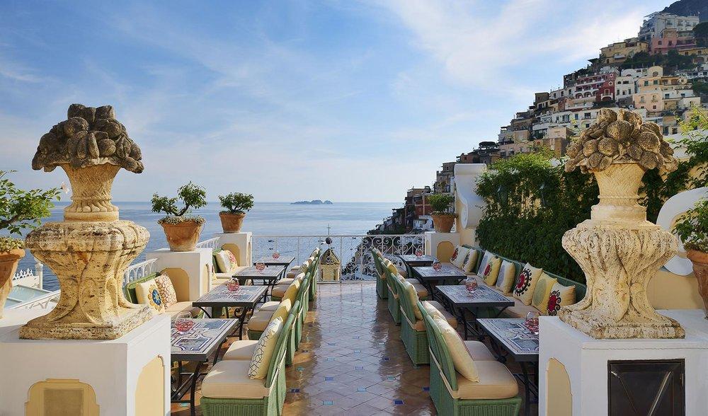Where to go in Amalfi Coast - Le Sirenuse's Champagne Bar