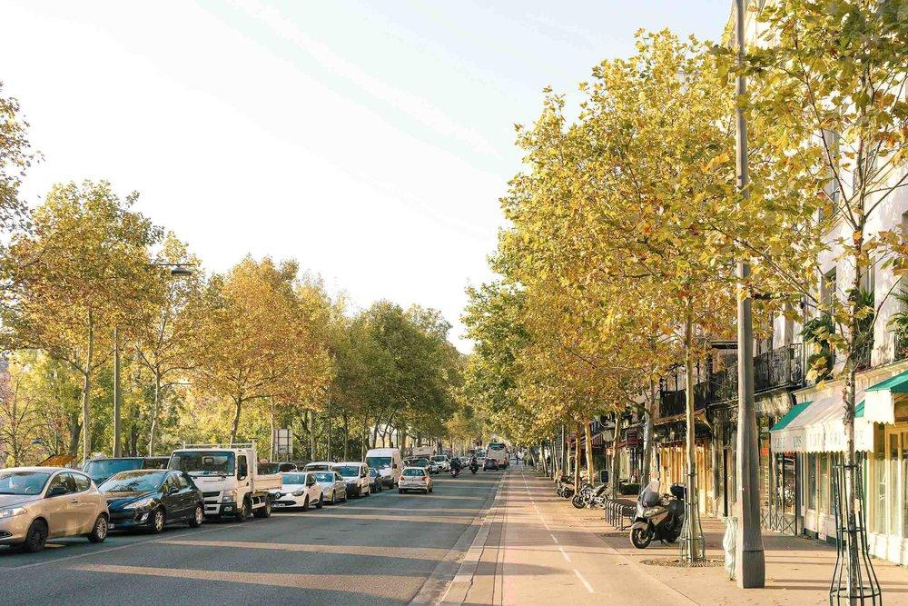 Itinerary Paris. Don't miss breakfast at Cafe Saint Regis