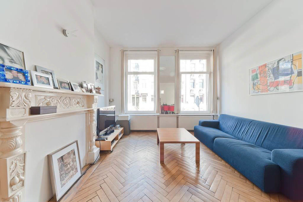 A huge but cheap Airbnb Amsterdam