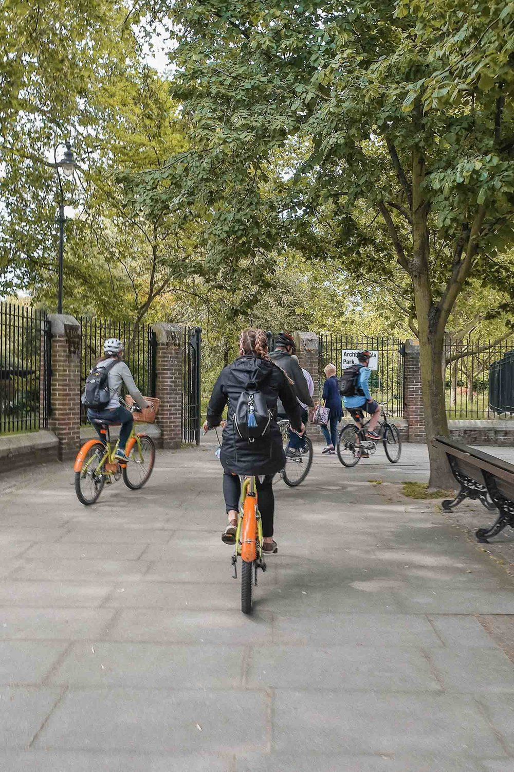 A can't miss London itinerary item: a London sightseeing tour. I recommend doing this by bike.