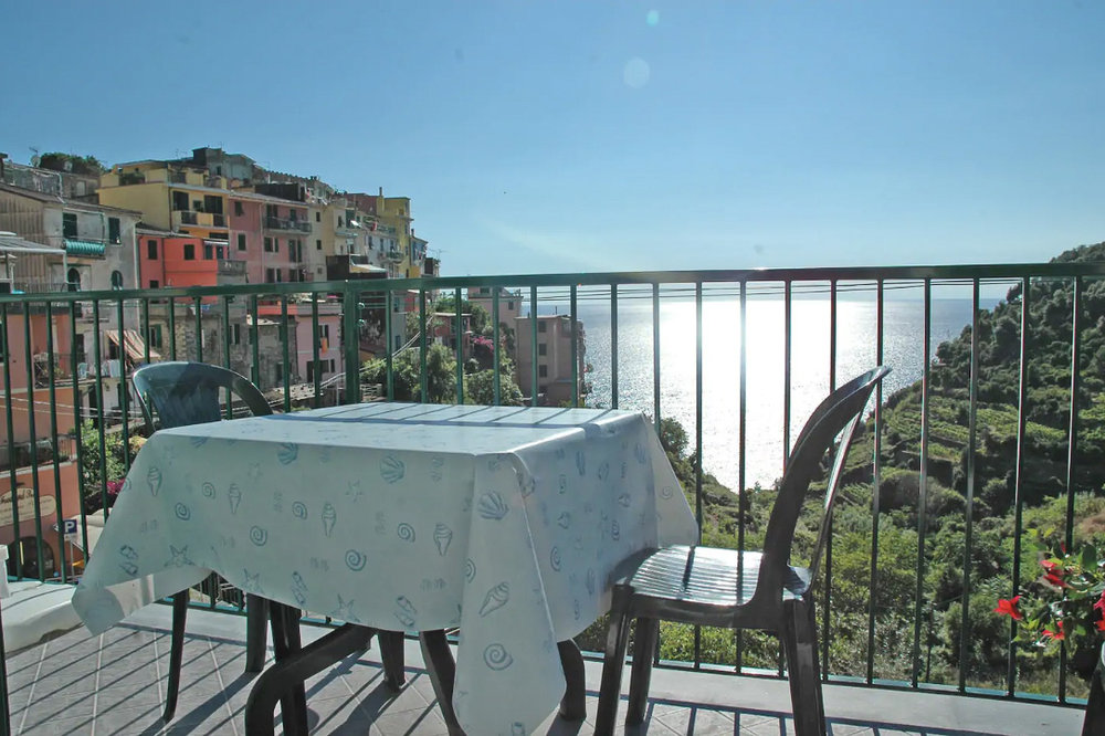 Last minute Cinque Terre accommodation? Try these Airbnbs
