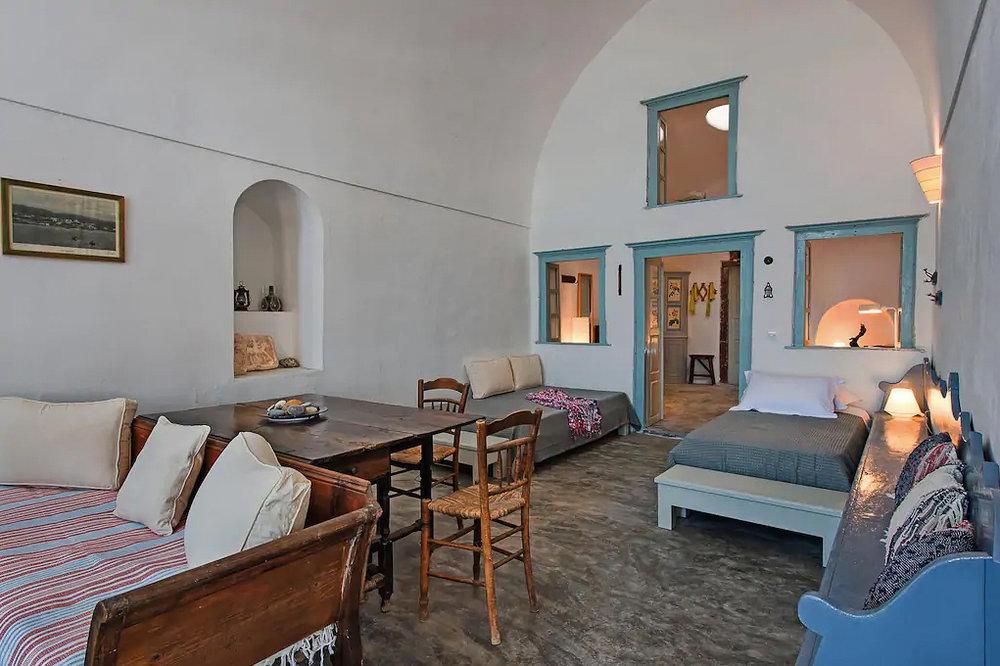 ckanani-airbnb-santorini-10-4.jpg