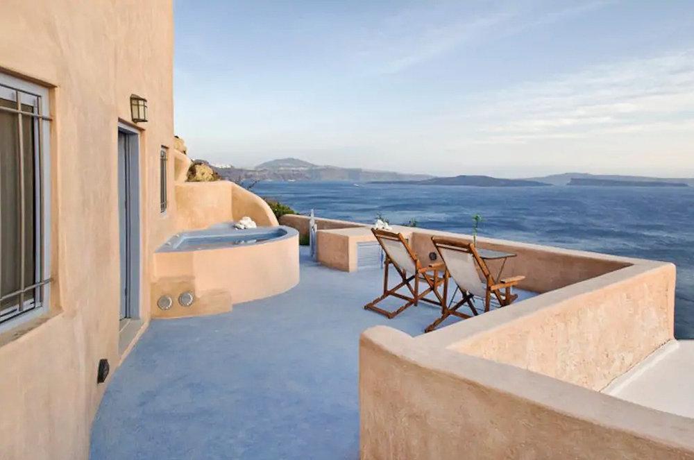 ckanani-airbnb-santorini-5-2.jpg