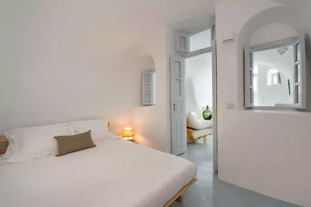 ckanani-airbnb-santorini-5.jpg