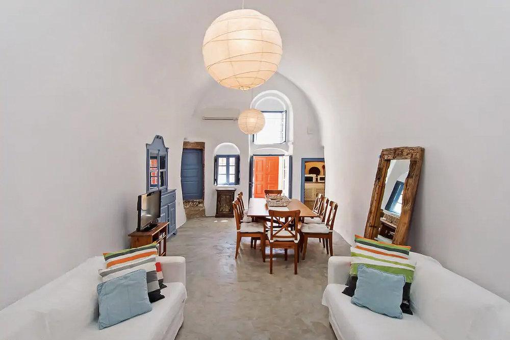 ckanani-airbnb-santorini-6-4.jpg