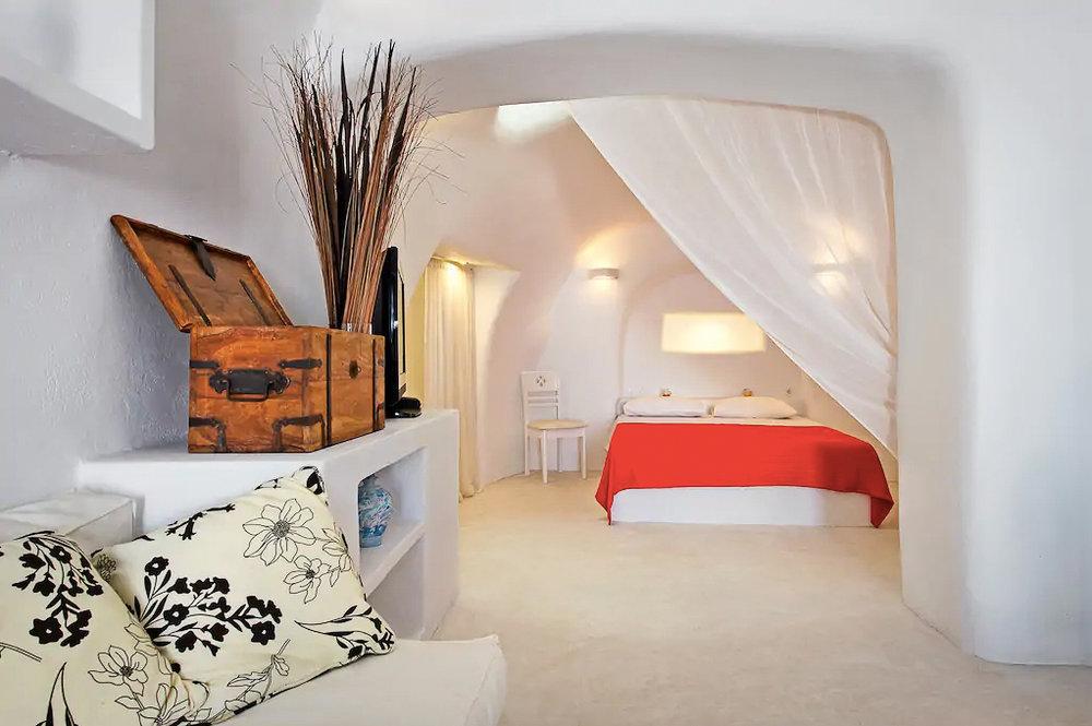ckanani-airbnb-santorini-7-2.jpg