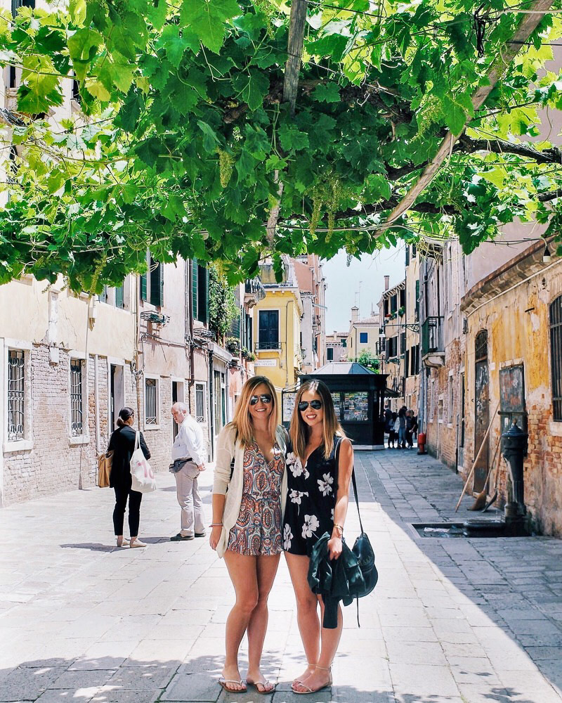 What to wear in Italy in summer