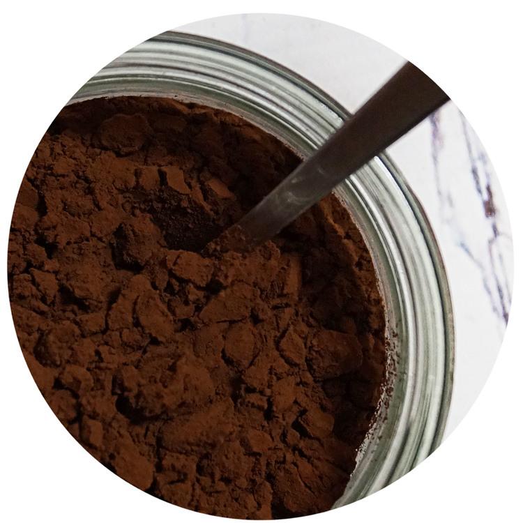 sukrin-cake-mix-chocolate-muffins-prepare.jpg
