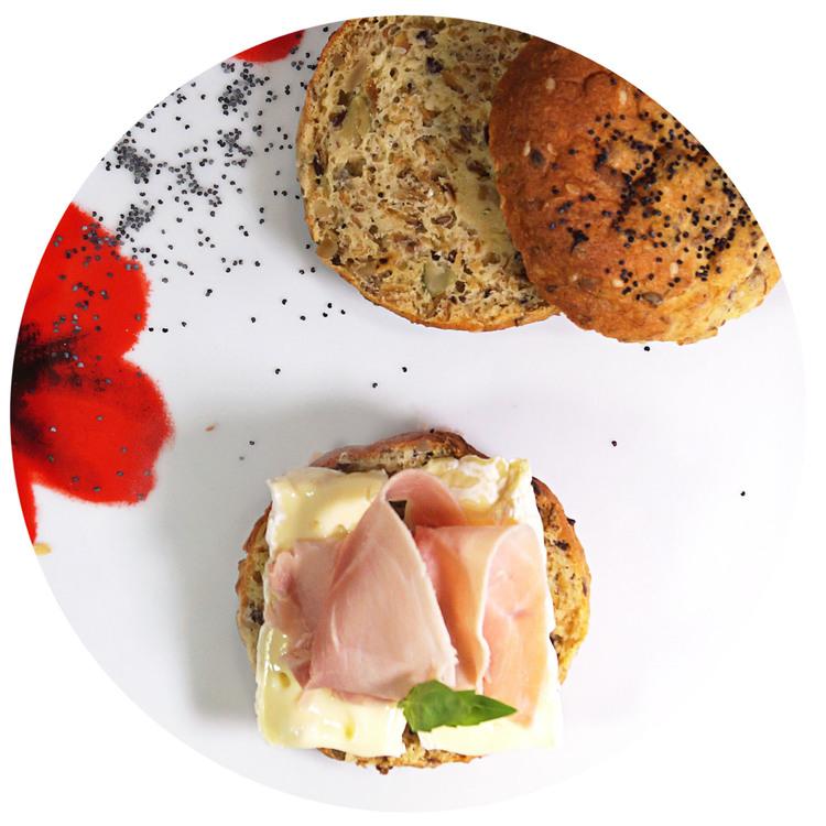 sukrin-bread-mix-rolls-enjoy.jpg