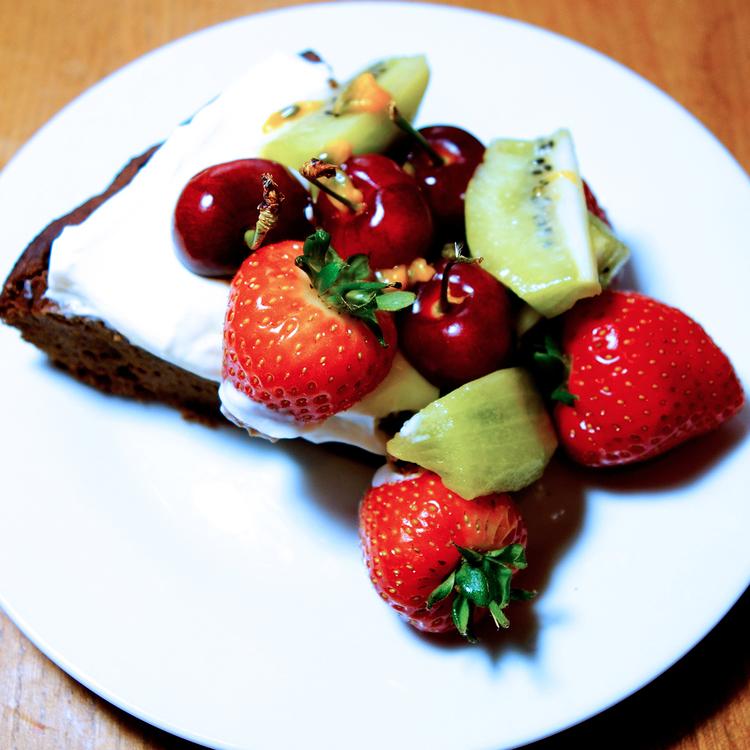 sukrin_almond_cake1.jpg