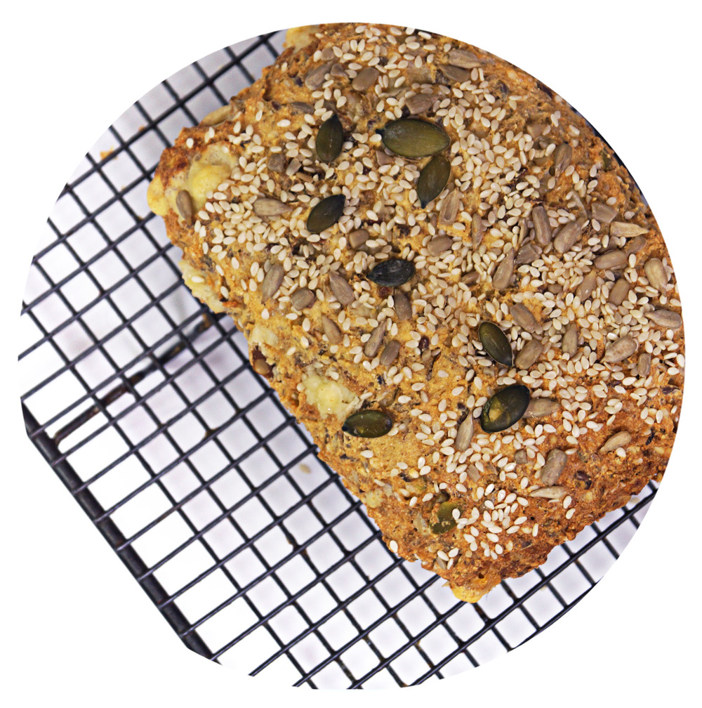 sukrin-bread-mix-low-carb-bake.jpg