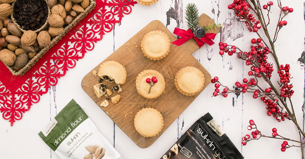 Sukrin Mince Pie with Products.jpg