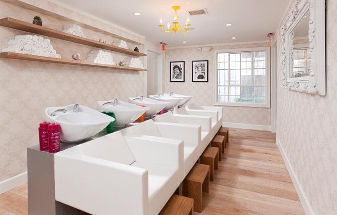 Area de lavado de cabezas.