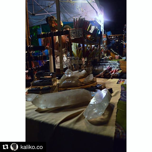 Giant Quartz Crystal generators, magnetizing and amplifying the whole space. 📸 Kaliko.co strikes gold again with their creative perspective in this shot. 👌🏾👌🏾 give thanks!  #crystalpyramidroom #ageofeleven #quartz #crystals #incense #handcrafted #handmade #chicago #metaphysical #boutique  #Repost @kaliko.co with @repostapp ・・・ Personal Favorite. The Silver Room Block Party 2016 #thesilverroomblockparty #artphotography #naturephotography #freelancephotography #concertphotography #promotionalphotography #editorialphotography #chicagophotography #chicago #photo #photos #pics #picture #photography #art #picoftheday #photooftheday #streetphotography #portraitphotography